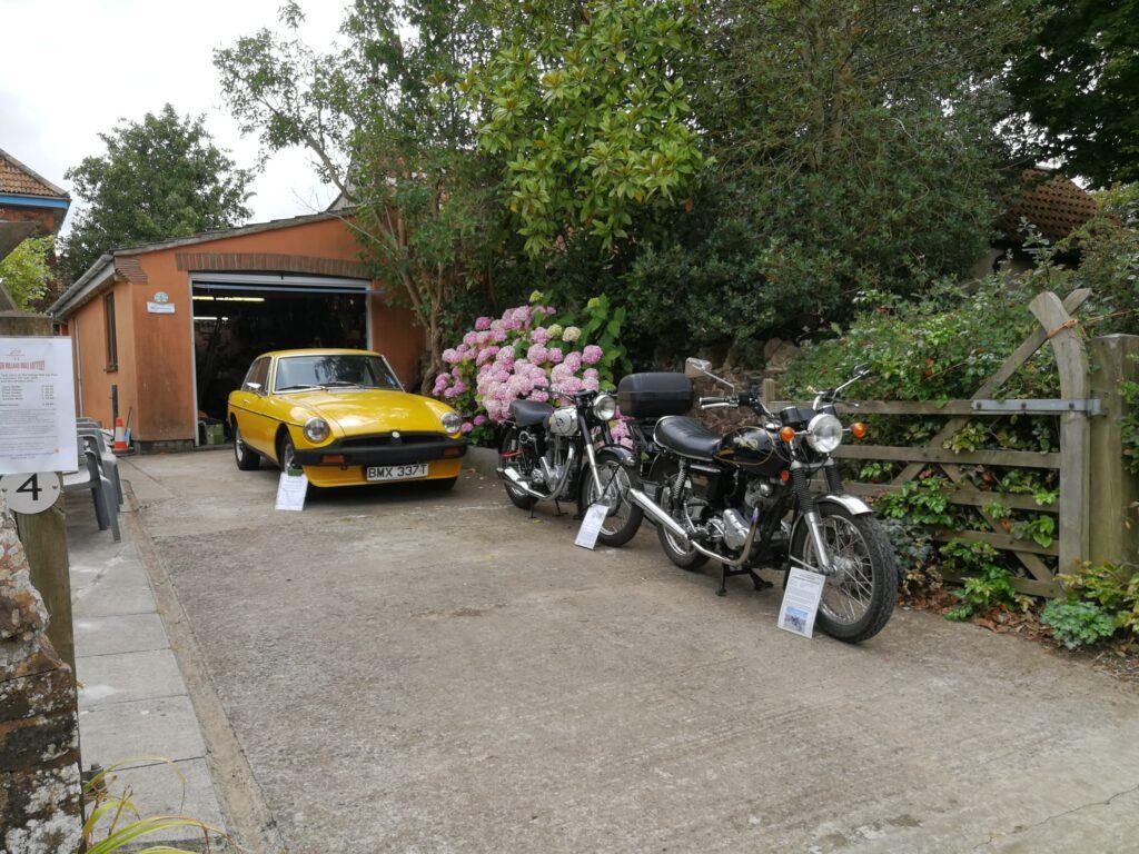 Spaxton Garden Gate Safari image
